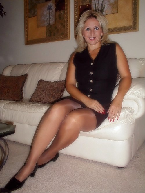 sheffield cougar women Granny lover mature sex in sheffield grannylover no strings sex with local mature women and grannies in the uk already a member remember me.
