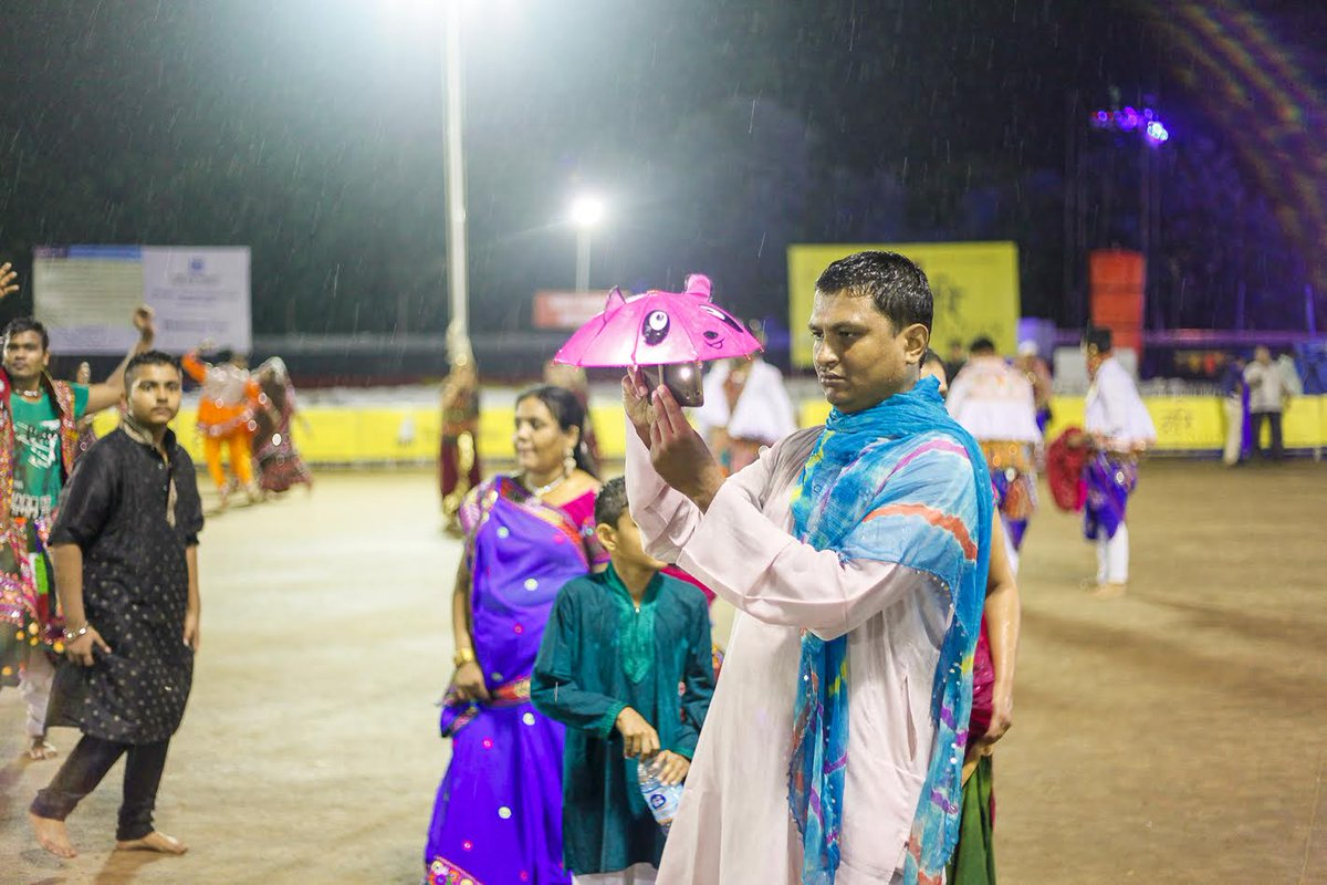 Rain god looking in 'no mercy' mood for Garba lovers