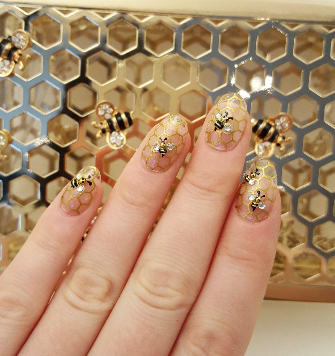 Jennys Nail Art On Twitter Shana Tova Honey Bee Nails For New