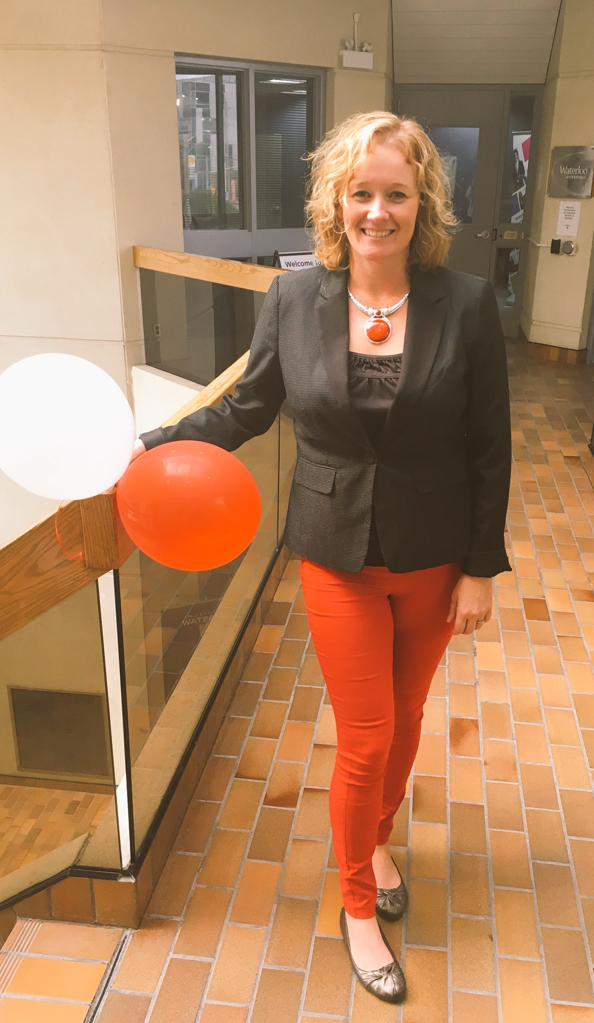 Wearing red in support of #UWUnitedWay @UnitedWayKW #uwaterloo https://t.co/IaE55e8T1P