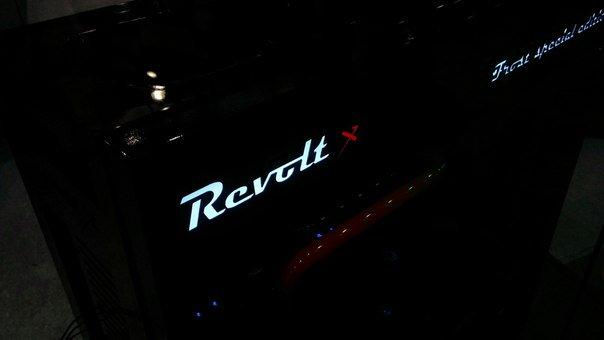 revolt на компьютер через торрент