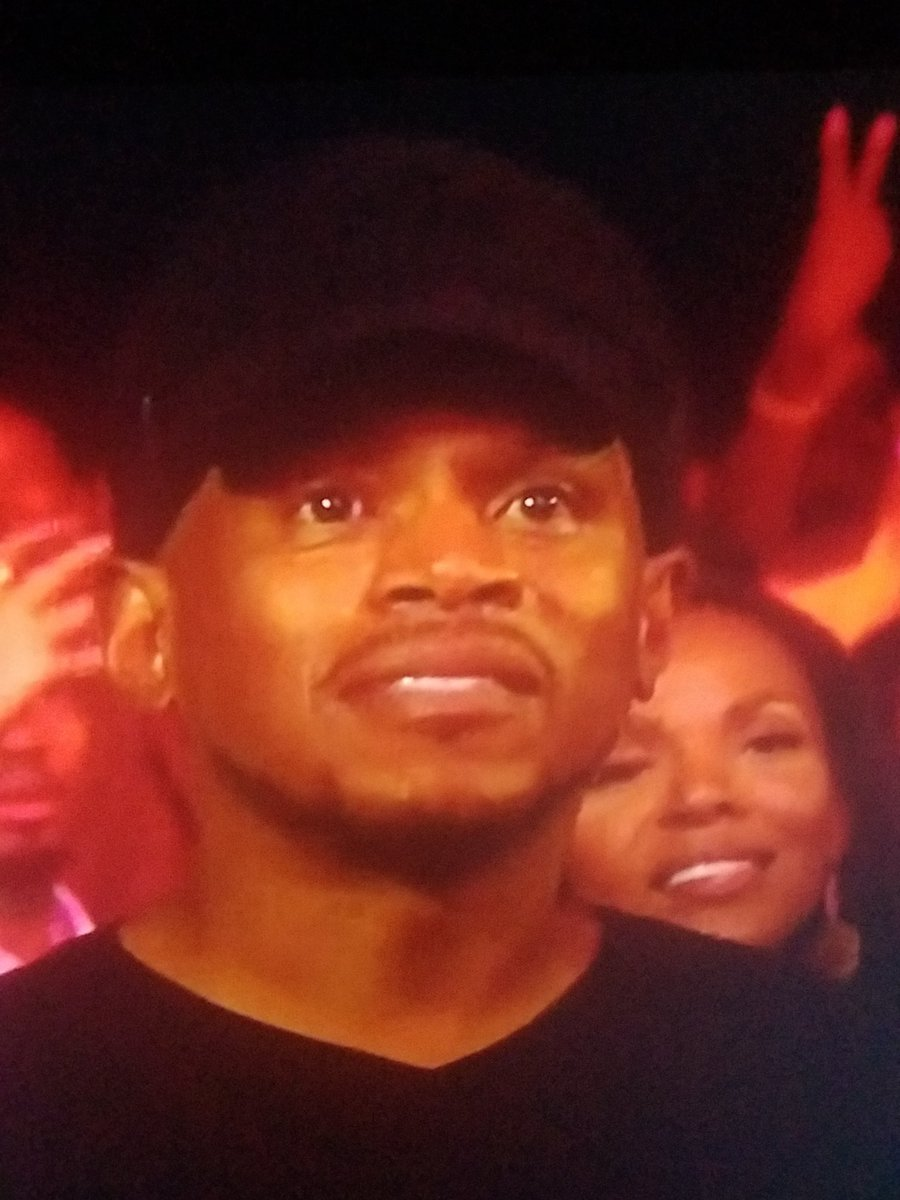 "Sway in the crowd looking like ""How is this hiphop?"" #HipHopAwards"