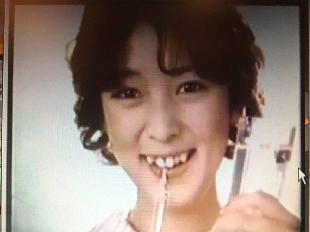 歯磨きCMの小林麻美