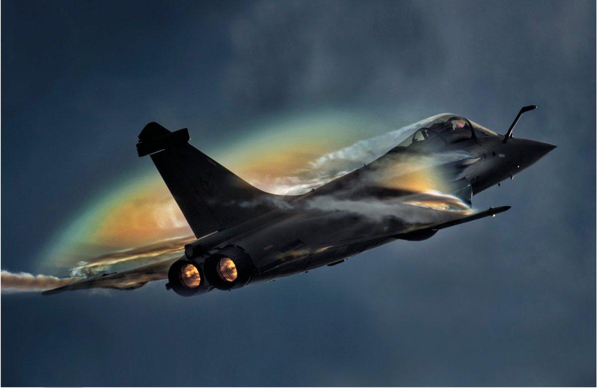 La technopole @Bdx_Technowest félicite @Dassault_OnAir pour le contrat avec l'#Inde portant sur 36 #Rafale