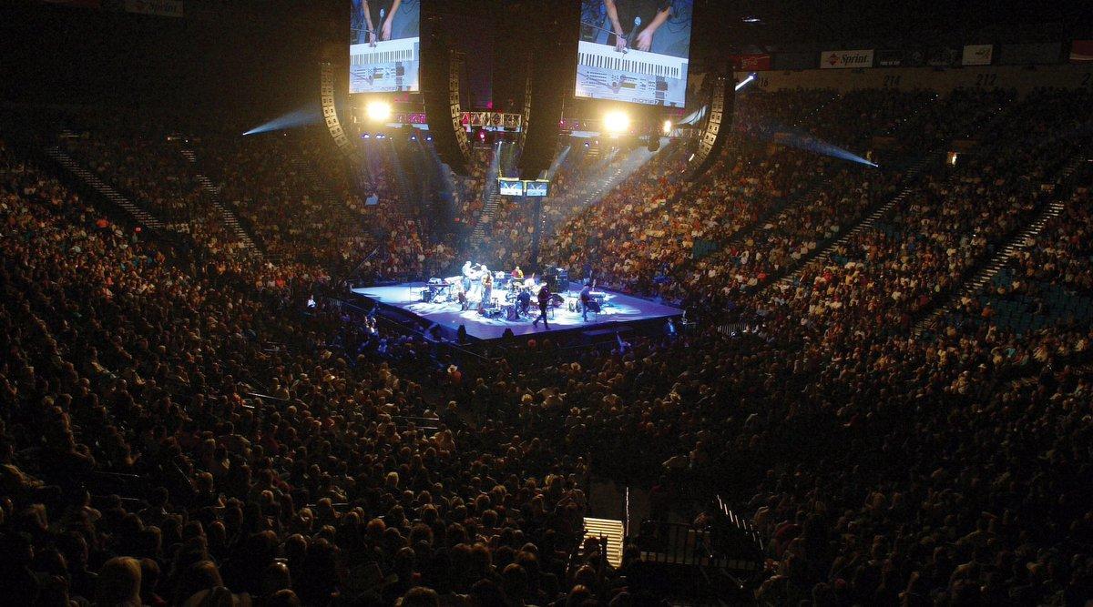 LITTLE MIX UPDATES on Twitter 422017 MGM Grand Garden Arena