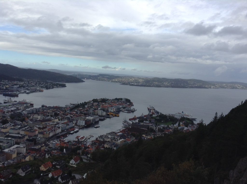 Leaving on a high!! Thank you Norway & #mtteppads for an inspiring time in Bergen📱📱📱 https://t.co/koqwI4LDJC