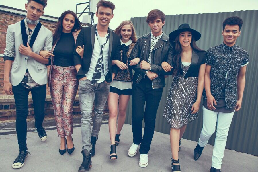 TODAY IS THE DAY! Don't forget to tune into @DisneyChannelUK at 5:30 for the official launch of #TheLodge ! 🏡🎉💃🏼