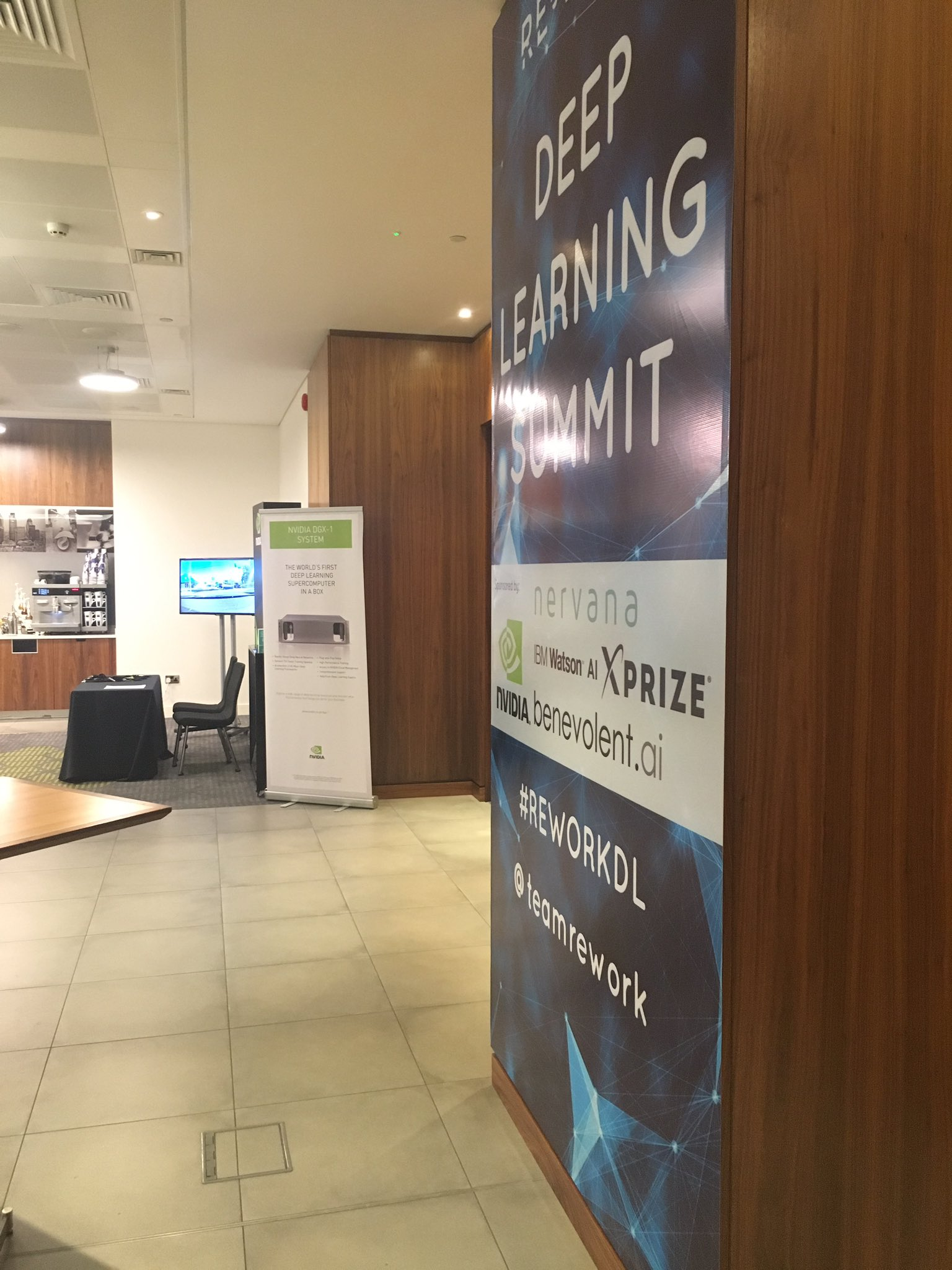 Best #reworkDL event in London yet! Congratulations @teamrework - see you all soon! #GPUs #DeepLearning #AI https://t.co/NGXucTNfrS