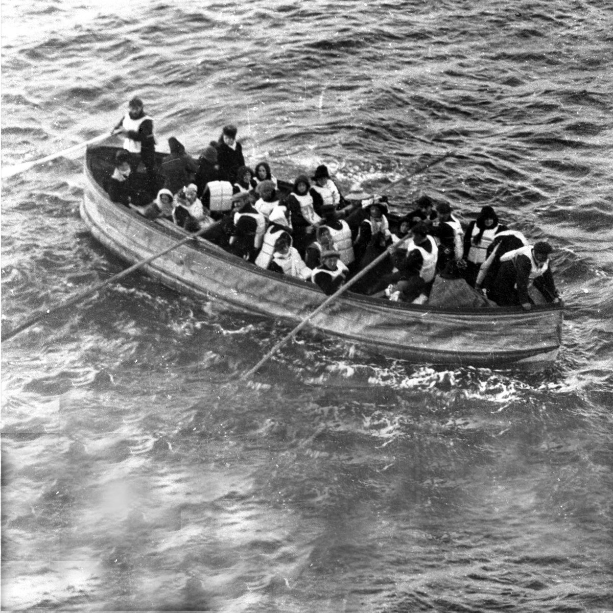 Even if all 20 lifeboats on the #Titanic had been filled to capacity, there'd only have been room for 1,178 people. https://t.co/0iUgWzTTb4