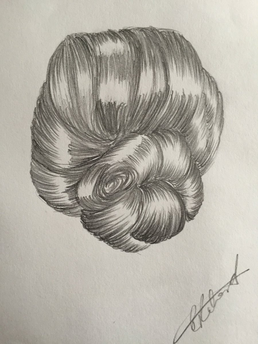 Doing the hair drawing #drawinghair #blackandwhite #drawing #hair<br>http://pic.twitter.com/GBXa3tLfT0