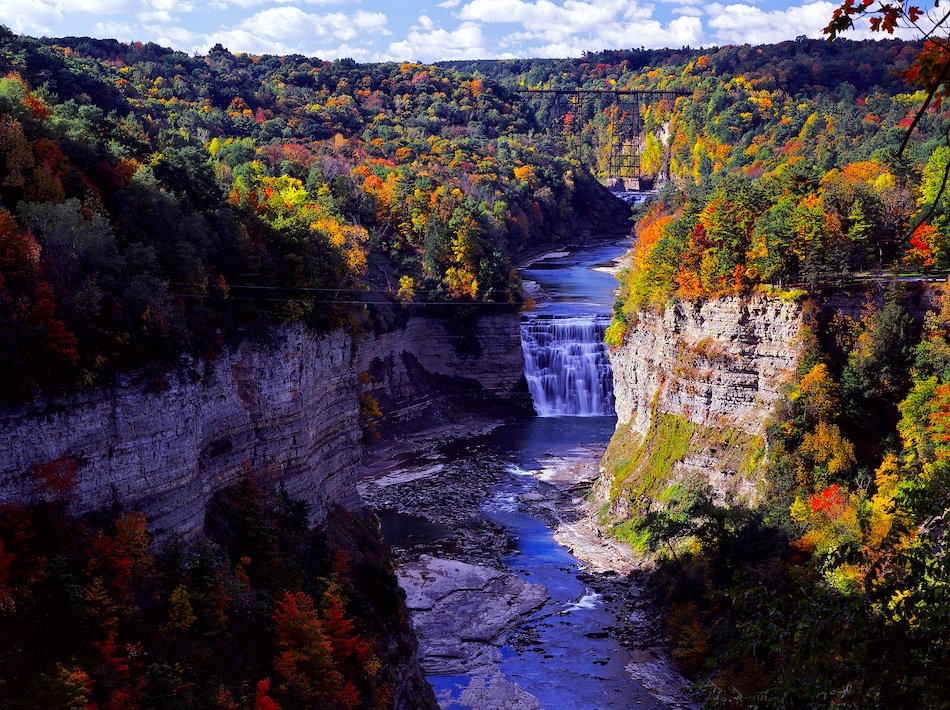 Tag someone you'd love to share this view with.  FLX LetchworthStatePark