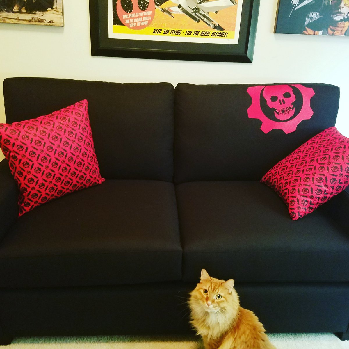 Gears Of War Co Op Couch Is Real ...