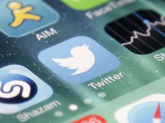 Report: @twitter in sales talks with Google, Salesforce