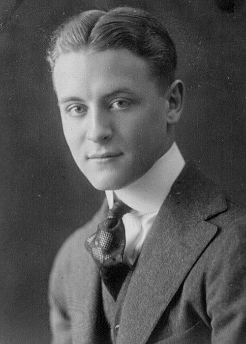 F Scott Fitzgerald Lebenslauf Bücher und Rezensionen