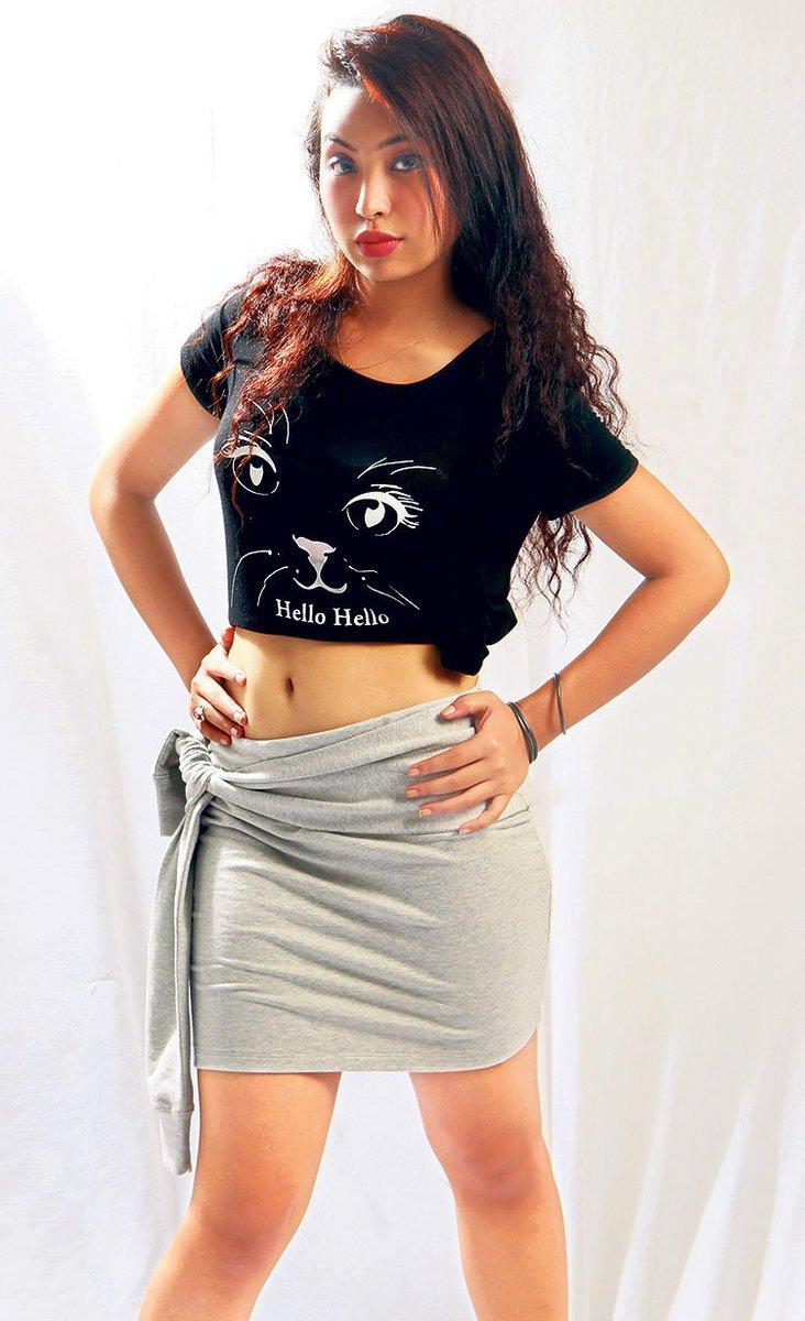 Hot model Nepali heroine