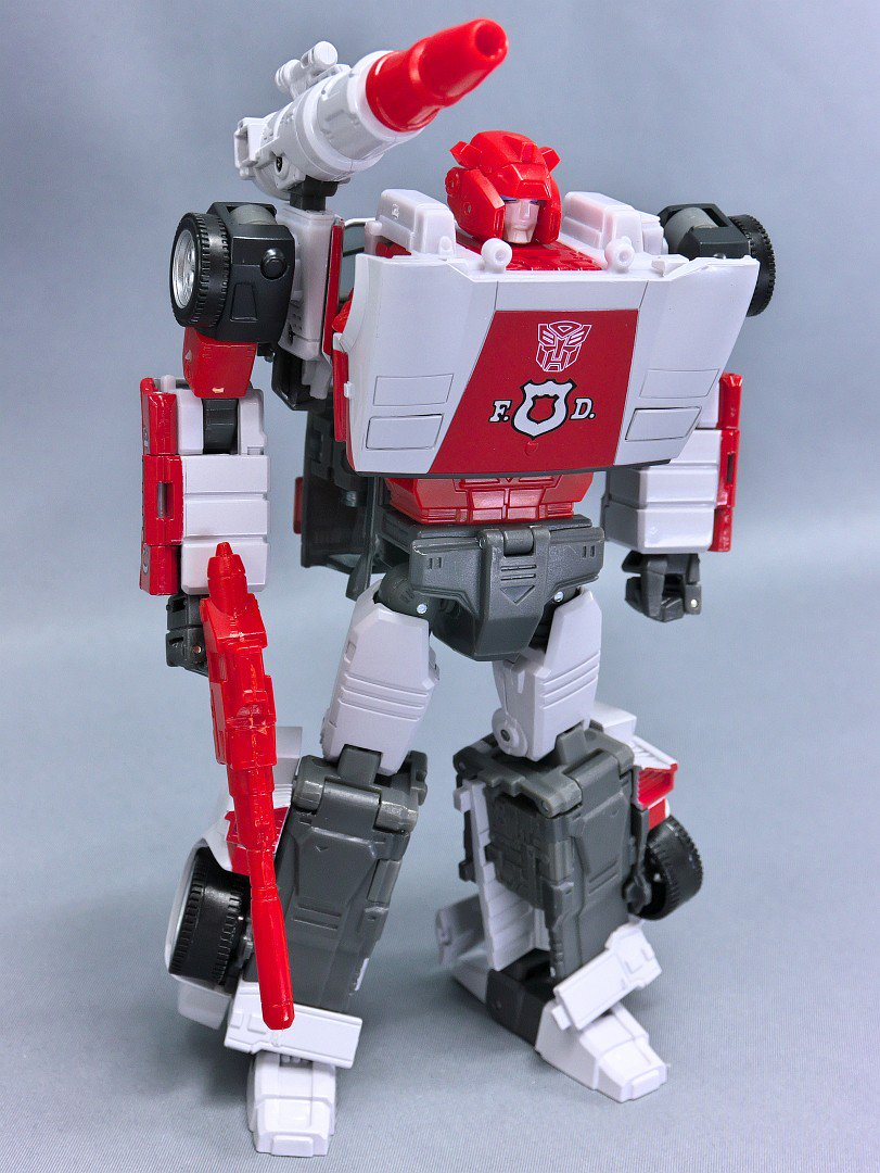 Transformers News: Takaratomy Masterpiece MP-14+ Alert Anime Color Edition images
