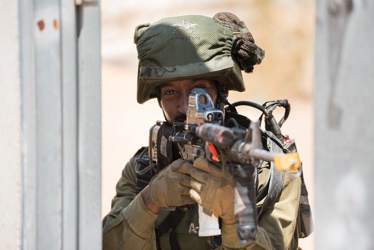 لواء Kfir الاسرائيلي .....חֲטִיבַת כְּפִיר CtJAvL9WcAI-zLz
