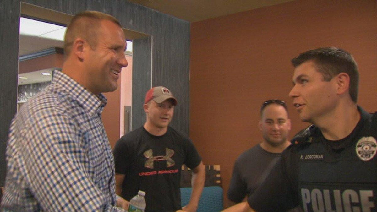 Ben Roethlisberger visits K9 teams in South Jersey
