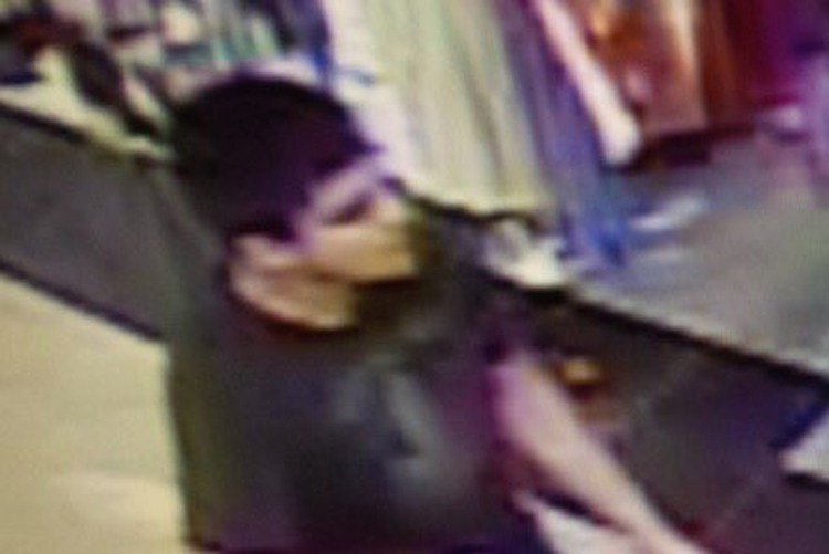 Authorities say suspect in Washington mall shooting is in custody