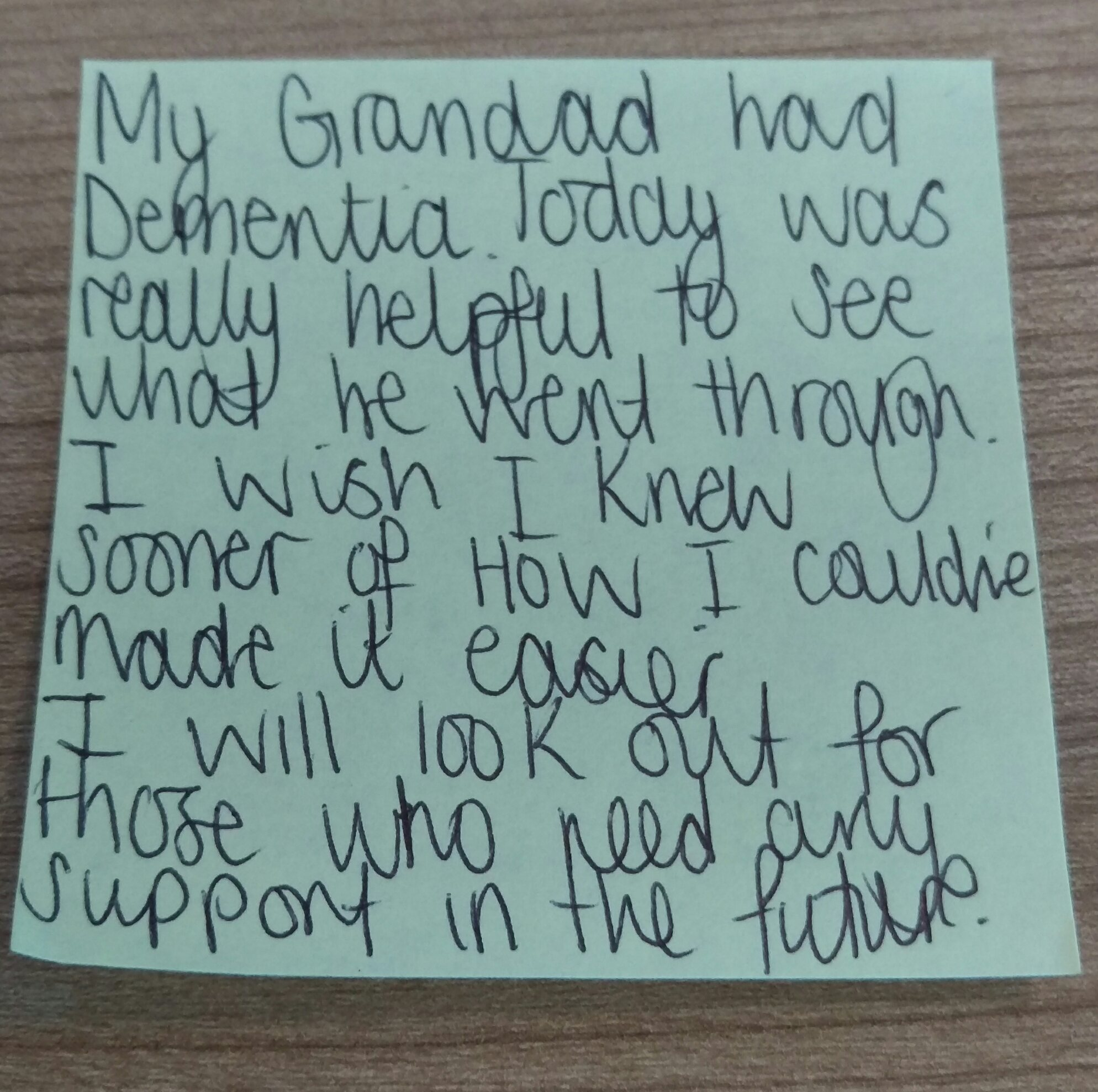 "Today's #dementiado post-it comes from @TarporleyHigh   ""I wish I knew sooner of how I could've made it easier""  😔  #FabChangeDay https://t.co/4vXklTypSd"