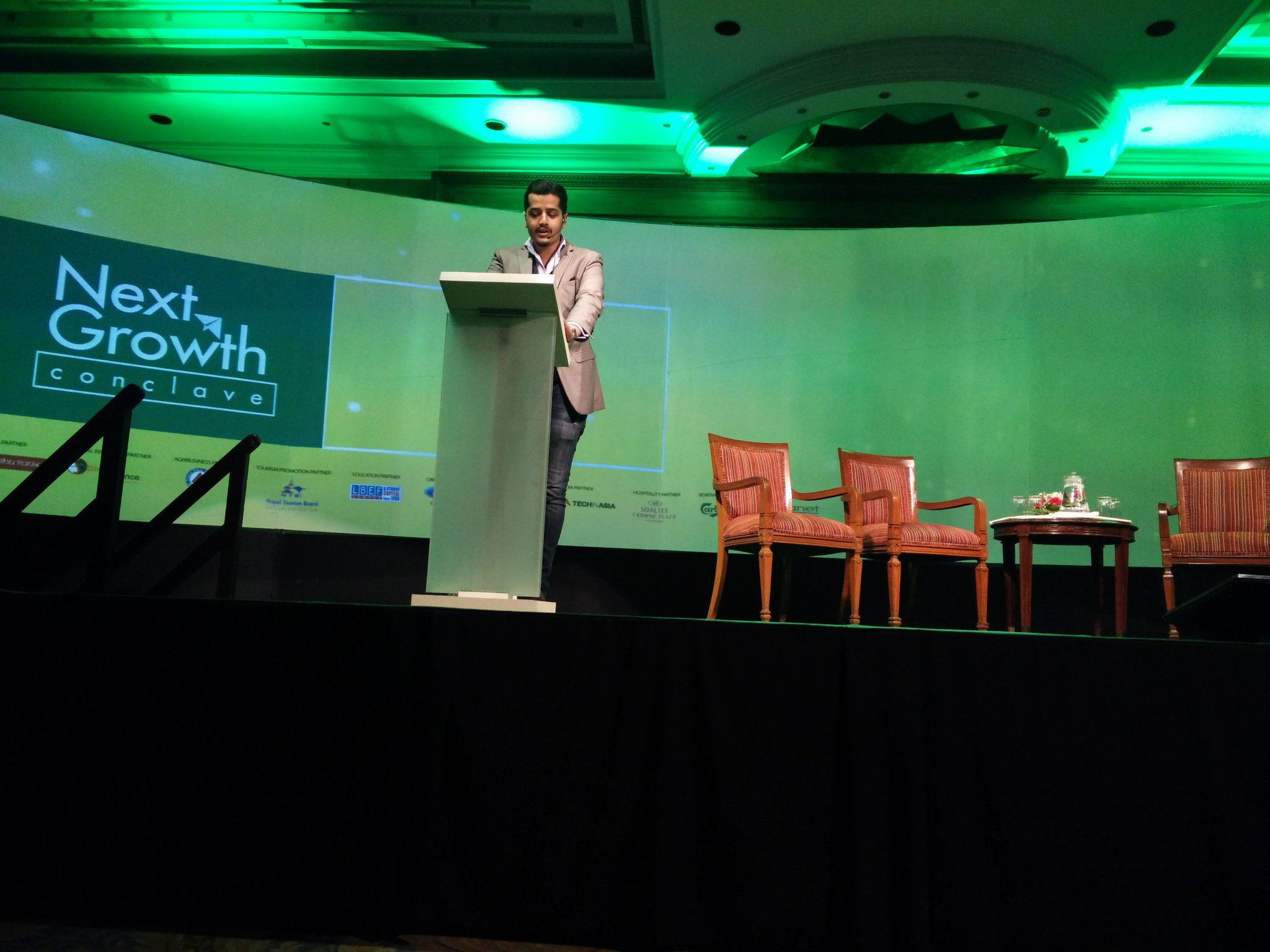Welcome address by founding chairman @swarsirohiya at #NextGrowthConclave https://t.co/fP0bI7YP42