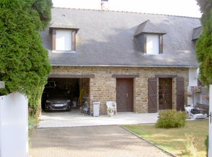 Property in #PLOUASNE, #Brittany, 155,150 euros  £134,104: Ref: AA-9318-MT; Located south…  http:// dlvr.it/MKq9BR  &nbsp;  <br>http://pic.twitter.com/qGwf8Zmr1I