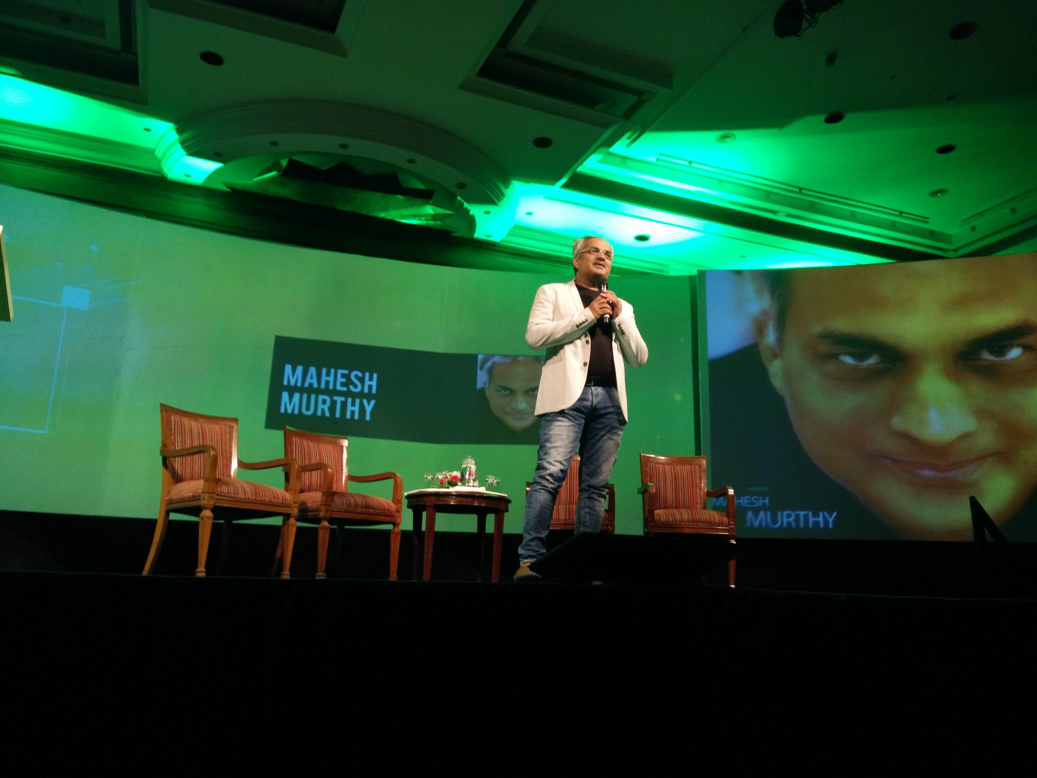 "Engineering a ""delight"". @maheshmurthy Delight, so people talk about you! #nextgrowthconclave https://t.co/BacY57hDyh"