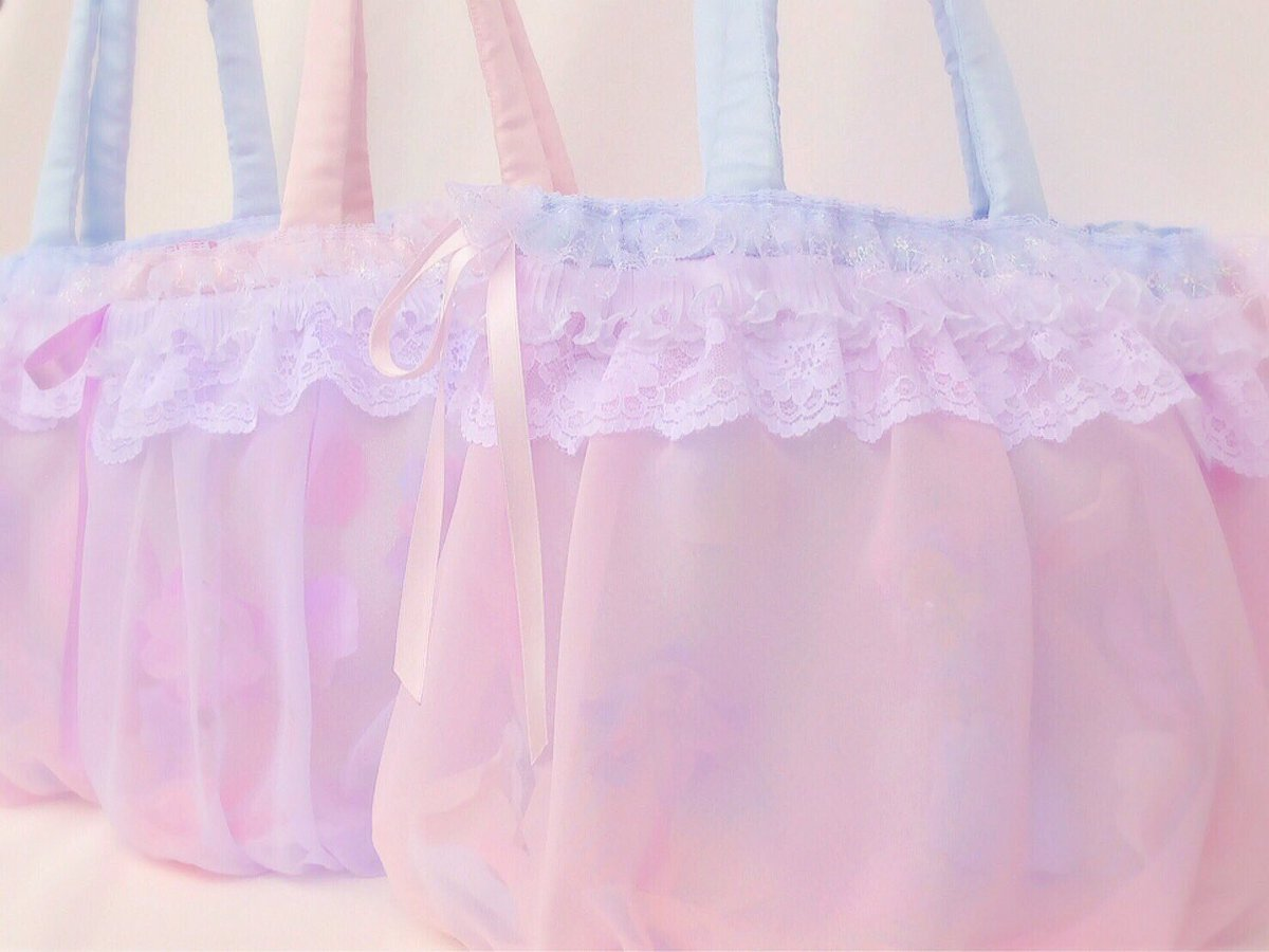 "oz rissa on Twitter ""本日22時よりまでみゅ〜〜さんにてflower shower bag🌷baby milky bea"
