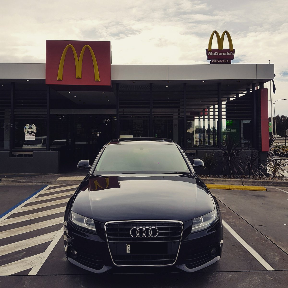 Audiloverr On Twitter Im Lovin It Audi McDonalds Australia - Mcdonald audi