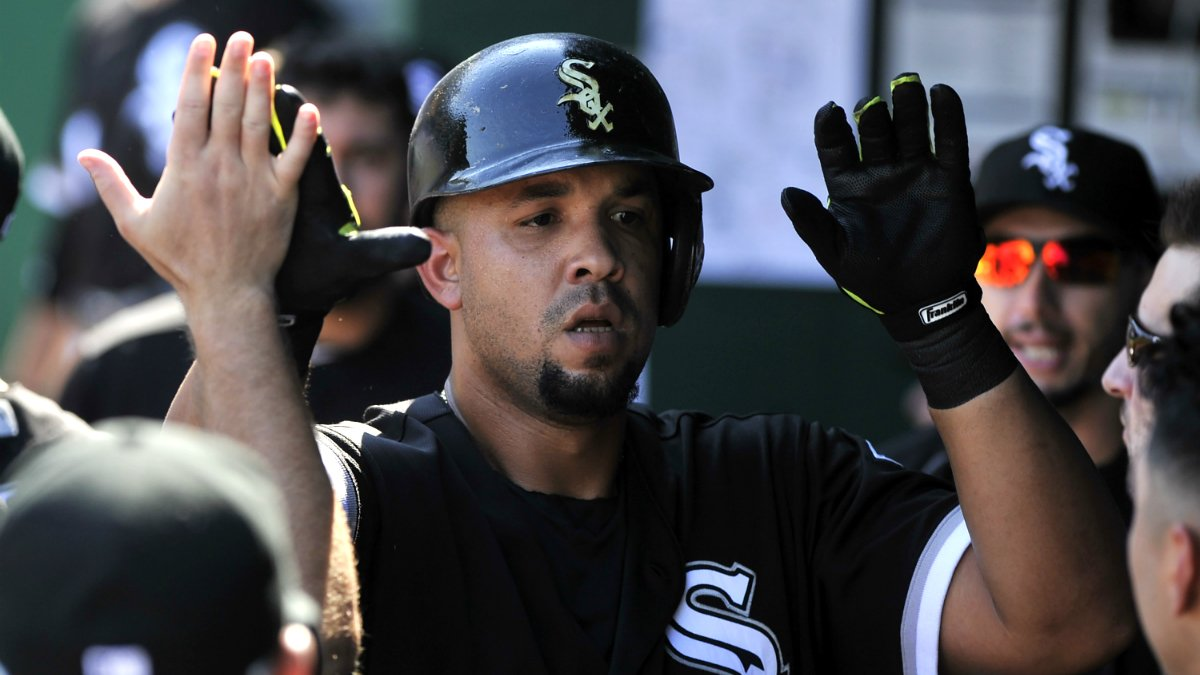 Jose Abreu joins an elite club, making history for the White Sox