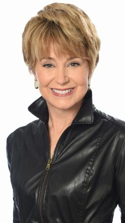 Jane Pauley will succeed Charles Osgood as host of