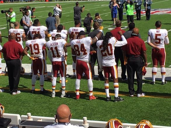 DeSean Jackson Among Redskins Who Raise Fist During Anthem (Photos) https://t.co/y6t4NyNvXY https://t.co/0m2MVrn3sL
