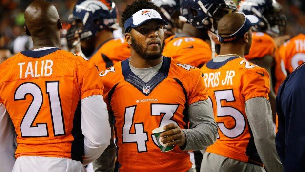 T.J. Ward Returns To The Field After Suffering Neck Injury