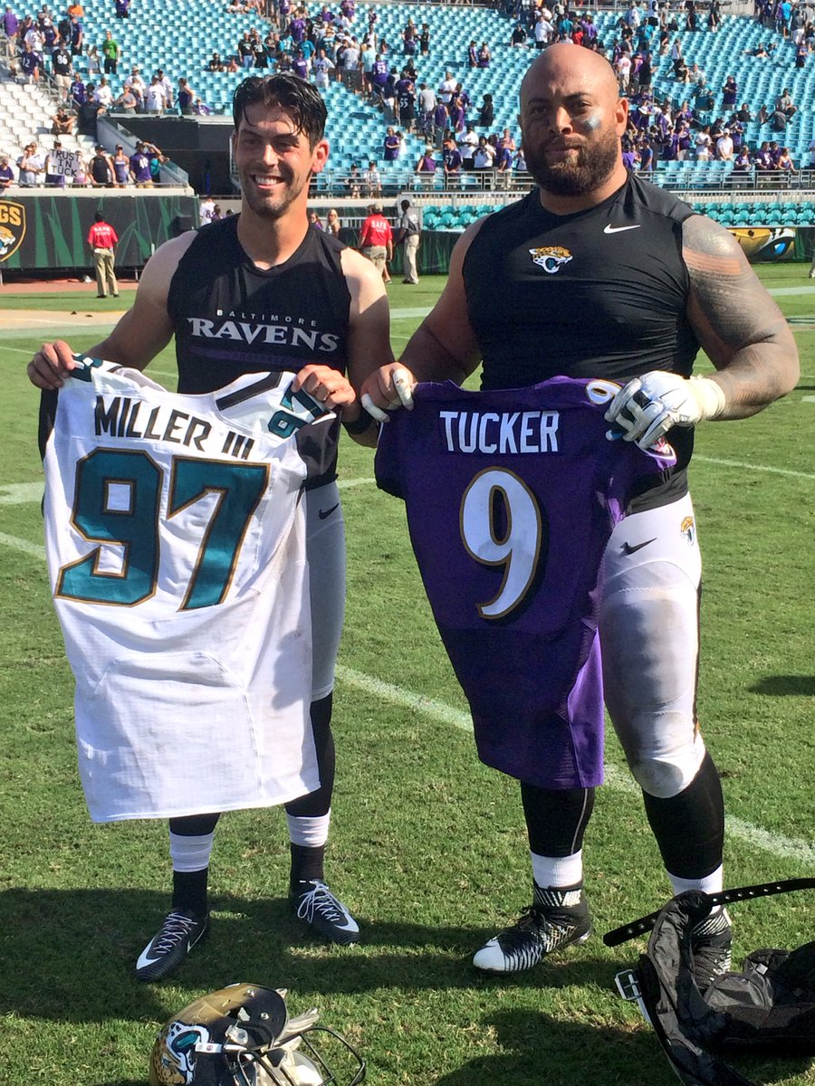 Texas Football On Twitter Great Photo Of Justin Tucker And Roy Miller Following Their Game Today Hookem