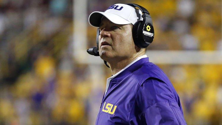 Report: LSU fires head football coach Les Miles, offensive coordinator Cam Cameron