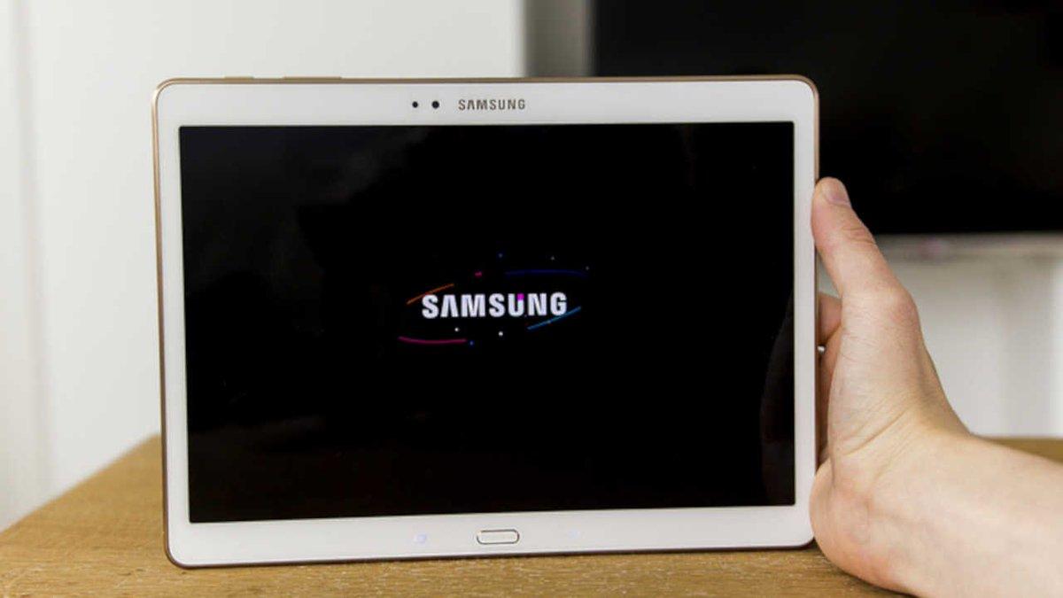 Overheating Samsung tablet causes Delta flight to divert