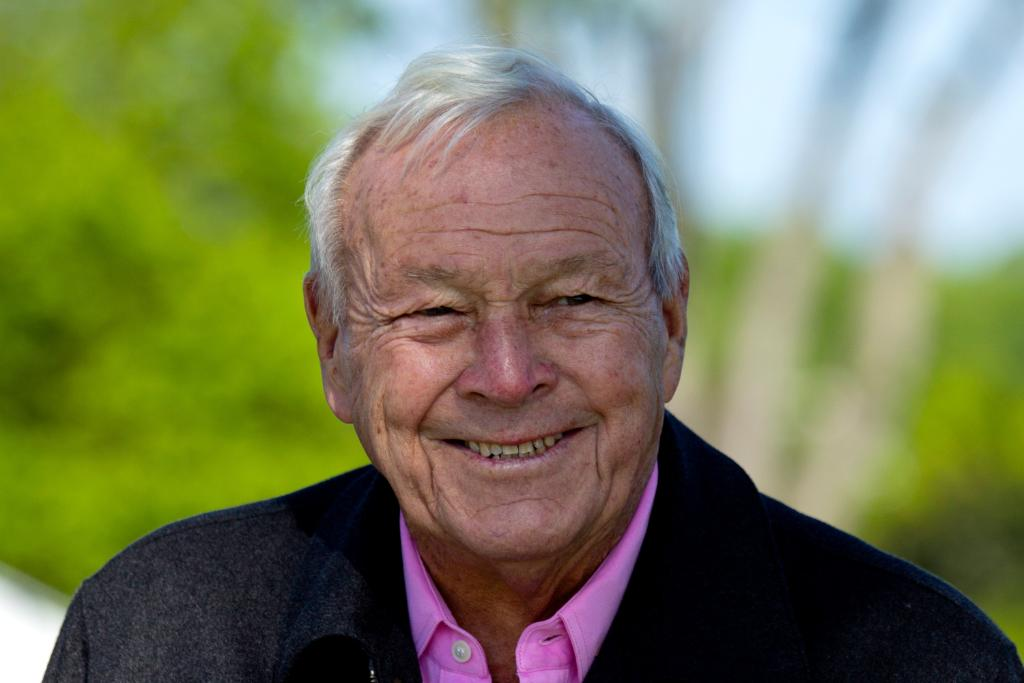 Arnold Palmer: 'The King' of golf dies at 87