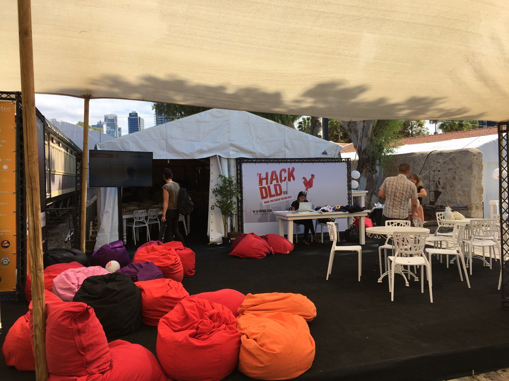 Our home for the next 3 days #hackdld with @BeMyAppFR https://t.co/sZgBlizpTr