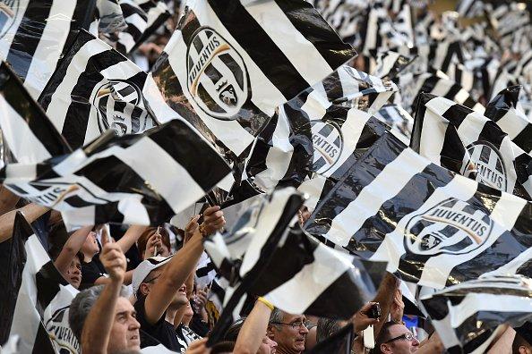 Calcio in chiaro Lione-JUVENTUS su Canale 5 ROMA-Austria Vienna su TV8