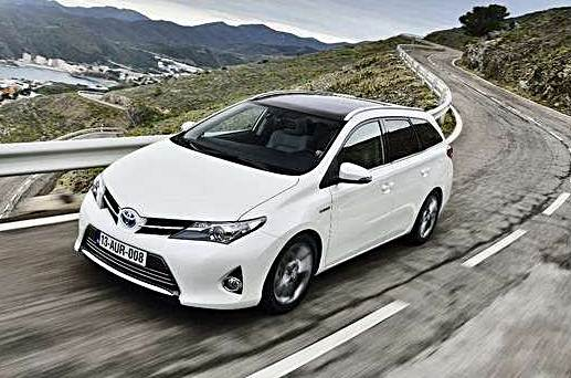 Auto Ibride: Toyota Auris Hybrid.