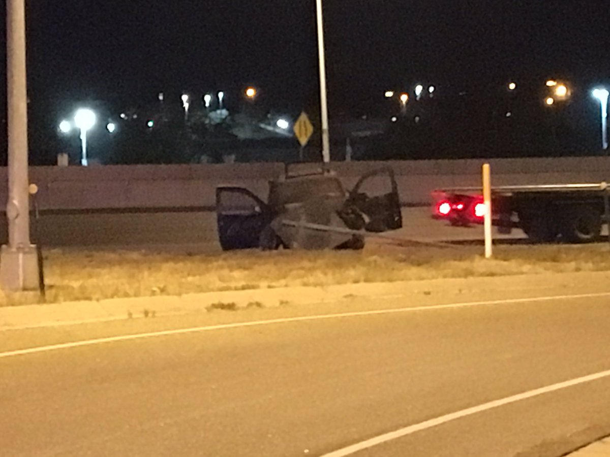 rollover accident on NB I-25 at the 17th Ave. No word on extent of injuries.