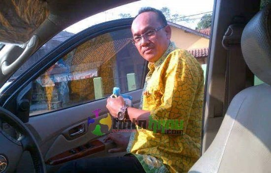 Perkuat Eksekutif, Bangbang Irmayana Pimpin Fraksi Golkar Subang