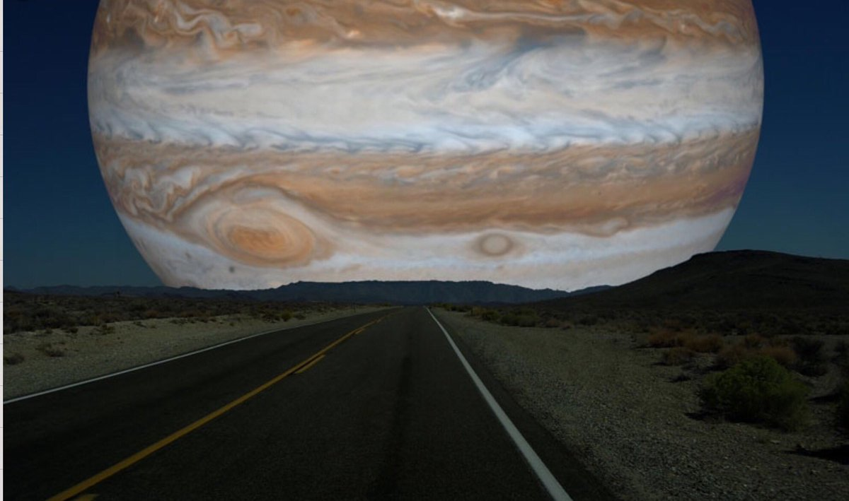 If Jupiter was as close as the moon.... https://t.co/LT9iNPZsdo
