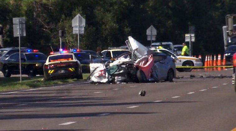 TRAFFIC UPDATE: All lanes of US-17 reopen after 2 people were killed in crash -