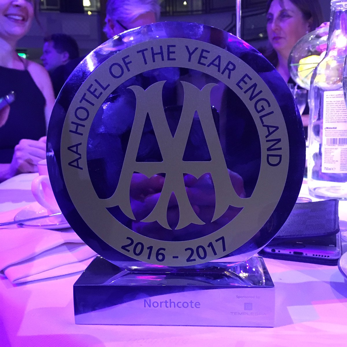 We Won!!!! AA Hotel of the Year for England! #AAawards https://t.co/iV2EpW2AEY
