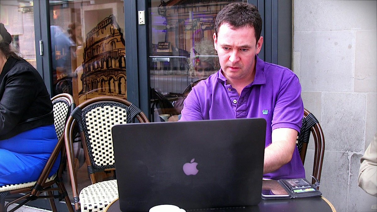Is it plain rude to turn a cafe into your personal office?