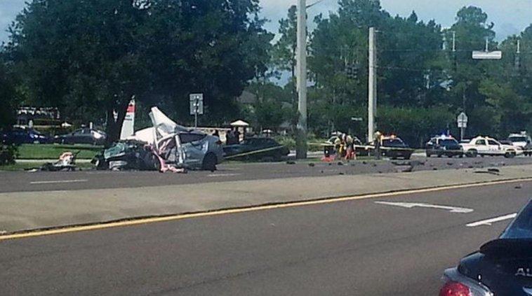Crash on U.S. 17 in Fleming Island kills 2, closes southbound lanes -
