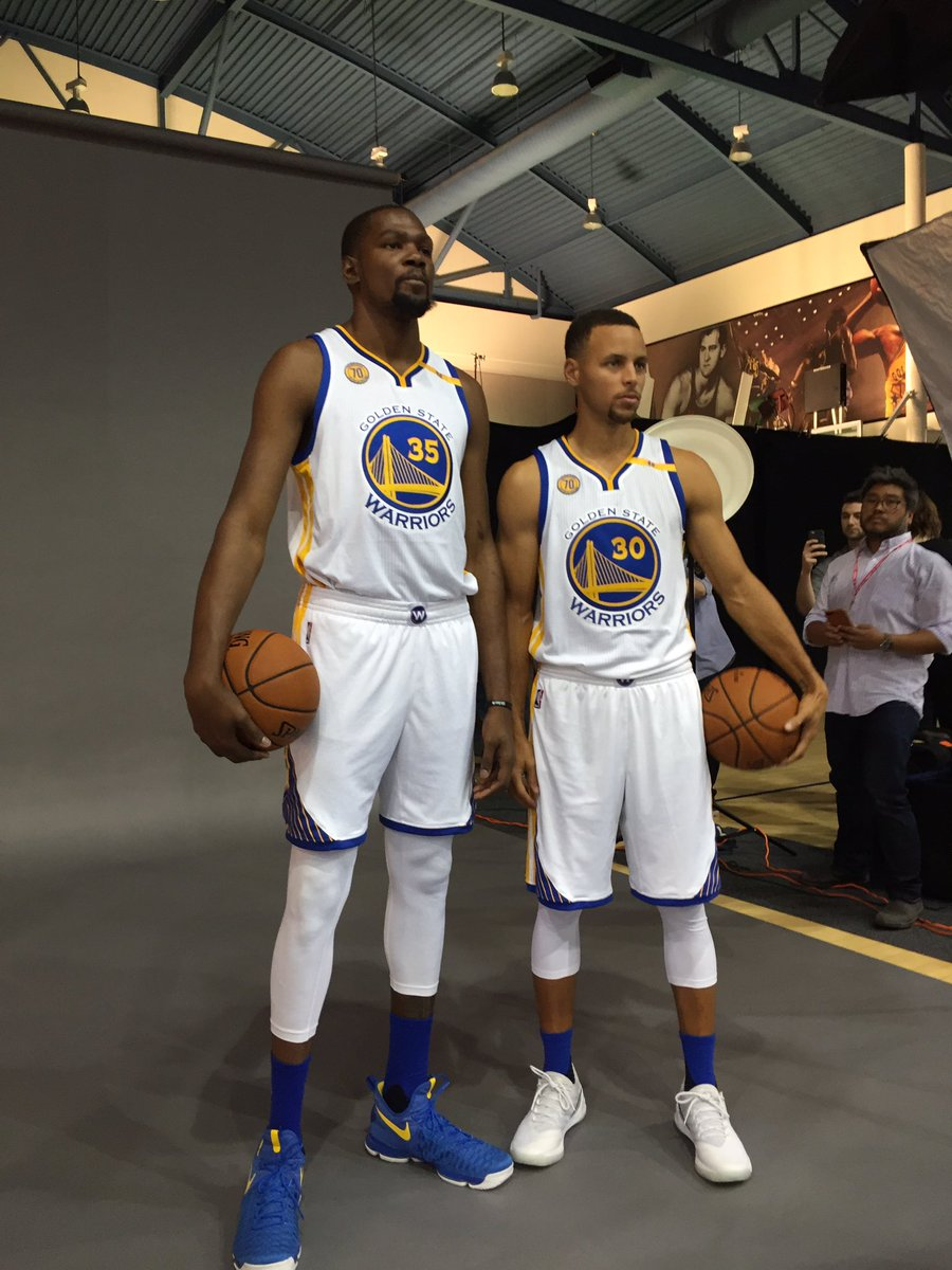 Media day-Kevin Durant and Steph curry taking pictures now @kron4news