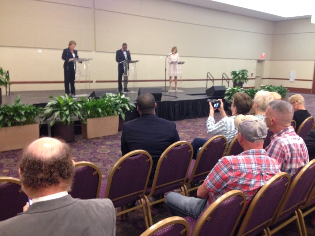Ogg (left) & Anderson on the right at HTx DA debate.