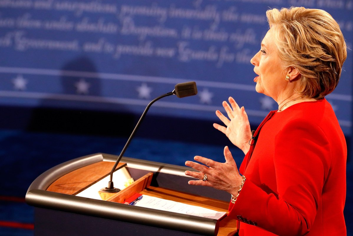 FACTCHECK: Clinton misrepresents stance on Pacific trade DebateNight